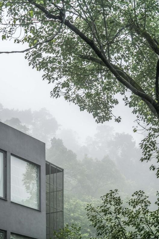 NanShan B&B Hotel / Priestman Architects. Image Courtesy of Luyi Photograph