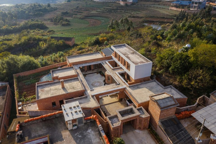 Zhao House / Chuantuo Architecture. Image © Kunming tundra photography