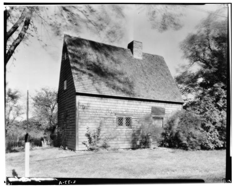 En Estados Unidos existía una arquitectura inmigrante antes de una colonial, Casa Peak, Calle principal, Medfield, Condado de Norfolk, MA. Dibujos de Inspección. Imagen cortesía de Biblioteca del Congreso HABS MASS