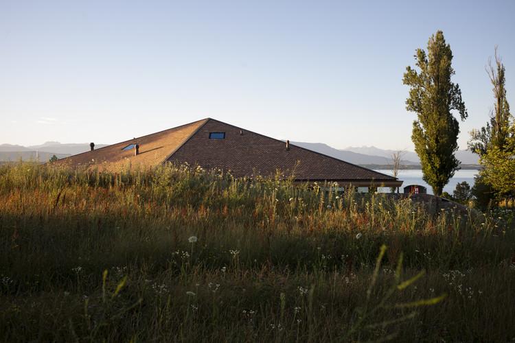 House by the Lake  / FdMP Architectes, © Julien Lanoo