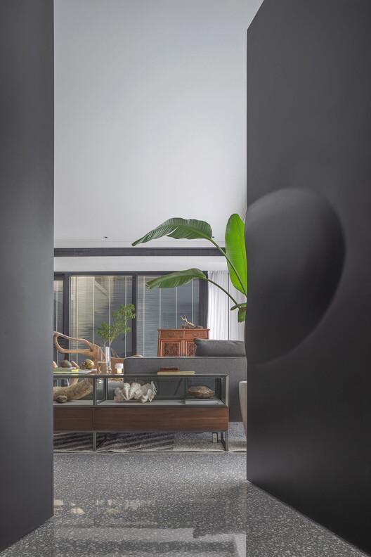 Blurred Spatial Boundaries / Residential interior