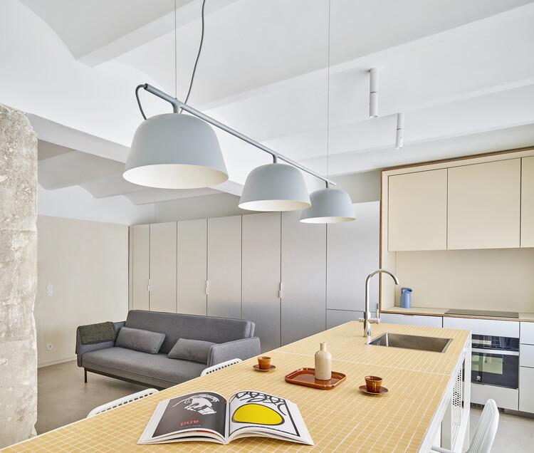 Apartamento BM32 / EstudioReciente. Image © José Hevia