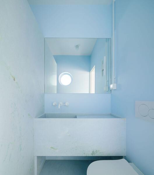 Apartamento Equador 201 / DC.AD. Image © Francisco Nogueira