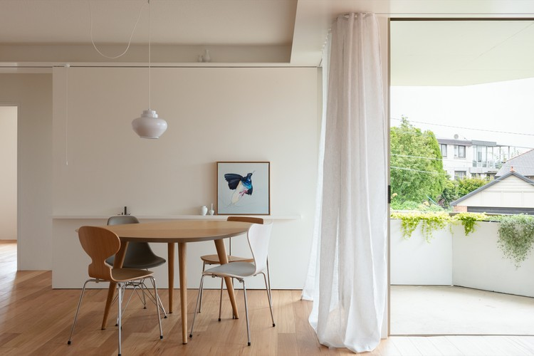 MB Apartment / Bokey Grant, © Clinton Weaver