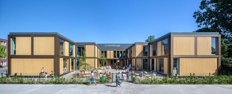Sekolah Dasar De Wereldburger Amsterdam / Arsitek Moke, © Thijs Wolzak
