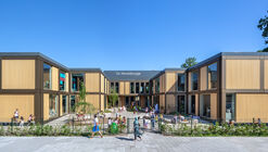 De Wereldburger Amsterdam Elementary School / Moke Architecten