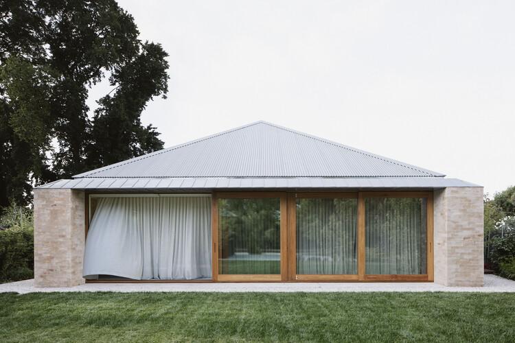 Kyneton House / Edition Office, © Ben Hosking