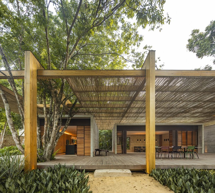 Casa na Areia / Studio MK27, © Fernando Guerra | FG+SG