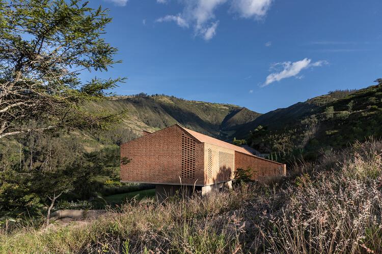 Casa Cangahua / Diez + Muller Arquitectos, © JAG Studio