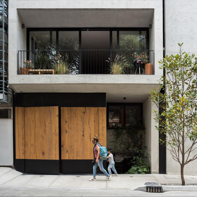 Edificio R 43 / CRB Arquitectos, © Arturo Arrieta