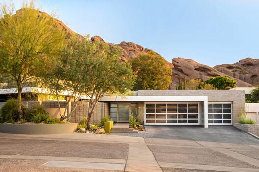 Residencia Echo Canyon / Kendle Design Collaborative