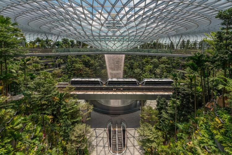 Аэропорт Джуэл Чанги / Safdie Architects.  Фотографии любезно предоставлены Jewel Changi Airport