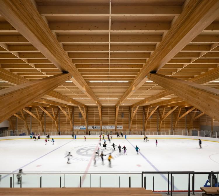 Центр отдыха Верхняя Скина / Архитектура Хемсворта.  Фото: © Ema Peter