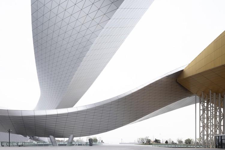 Большой театр Сучжоу Бэй / Кристиан де Портзампарк.  Фото: © Фэн Шао.