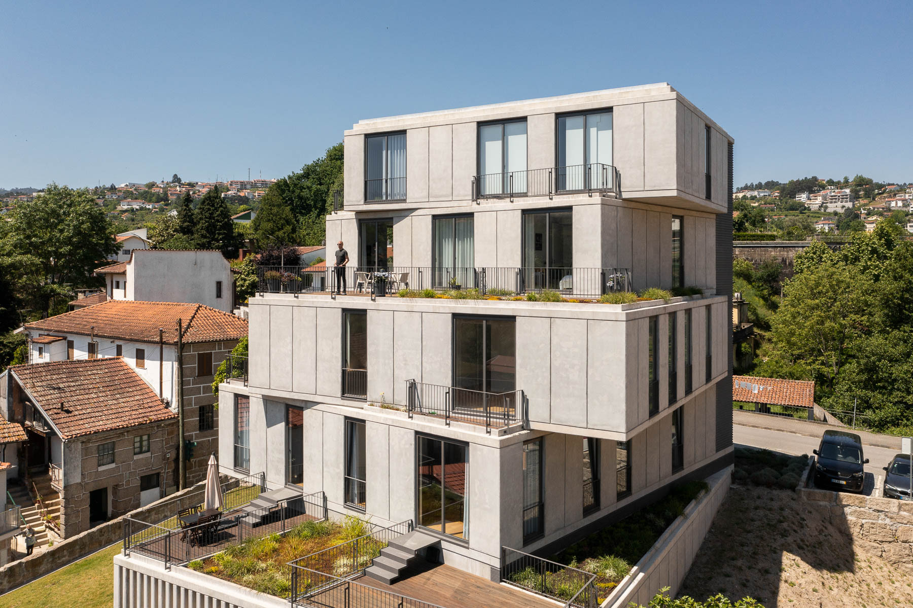 Torre 261 Residential Building / Just An Architect