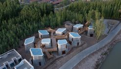 Vila Residencial Grotto Retreat Xiyaotou / A( )VOID