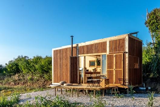 Casa Tiny On Wheels (T.O.W.) - Ursa / Madeiguincho