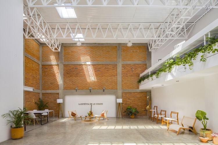 Espaço de Coworking Colectivo Karakórum 221 / Elipsis Arquitectos, © alberstudio