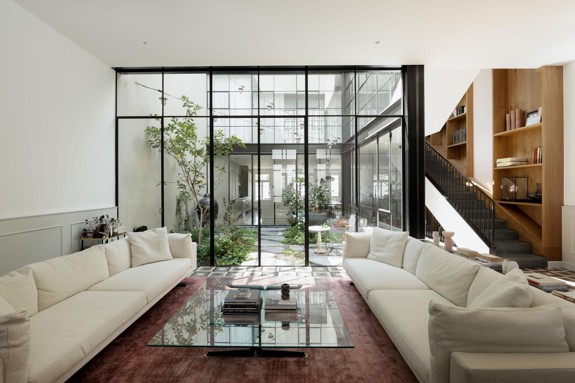 Neve Tzedek Patio House / Meirav Galan Architects