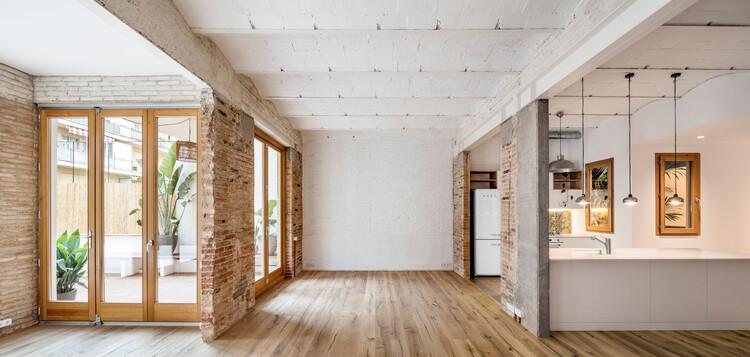 ¿Será la remodelación la especialidad de los arquitectos en el futuro?, Gallery-House / Carles Enrich. Image © Adrià Goula
