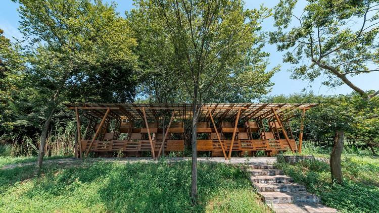 Light-Wood Waterside Pavilion / Han Xiaofeng Design Studio, SEU-ARCH, south side. Image © Liangqi Zhao