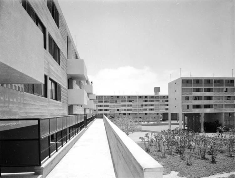 Arica, un laboratorio de arquitectura moderna al norte de Chile, Bloques de vivienda, Conjunto Habitacional Estadio, BVCH. Image vía Archivo Histórico Vicente Dagnino, Universidad de Tarapacá