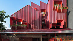 Stack By Step Red Zone Boarding House / Ismail Solehudin Architecture