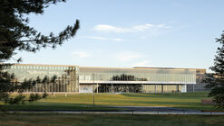 Colby College Harold Alfond Athletics and Recreation Center / Hopkins Architects + Sasaki
