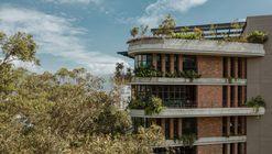 Edifício El Gulungo / ALH Taller de Arquitectura
