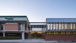 Ampliación de oficinas y nave  / Araiz Floristán Arquitectos