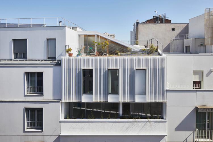 Edifício Residencial Living on the Roof / rotunnojustman, © Herve Abbadie