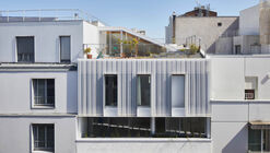 Edifício Residencial Living on the Roof / rotunnojustman