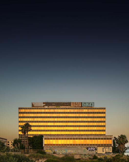 Здание Геса.  Изображение © Луис Борт