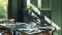 The Fluted Emerald Elgin Cafe / RENESA Architecture Design Interiors Studio
