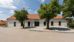 House with a Pub / BOD Architekti