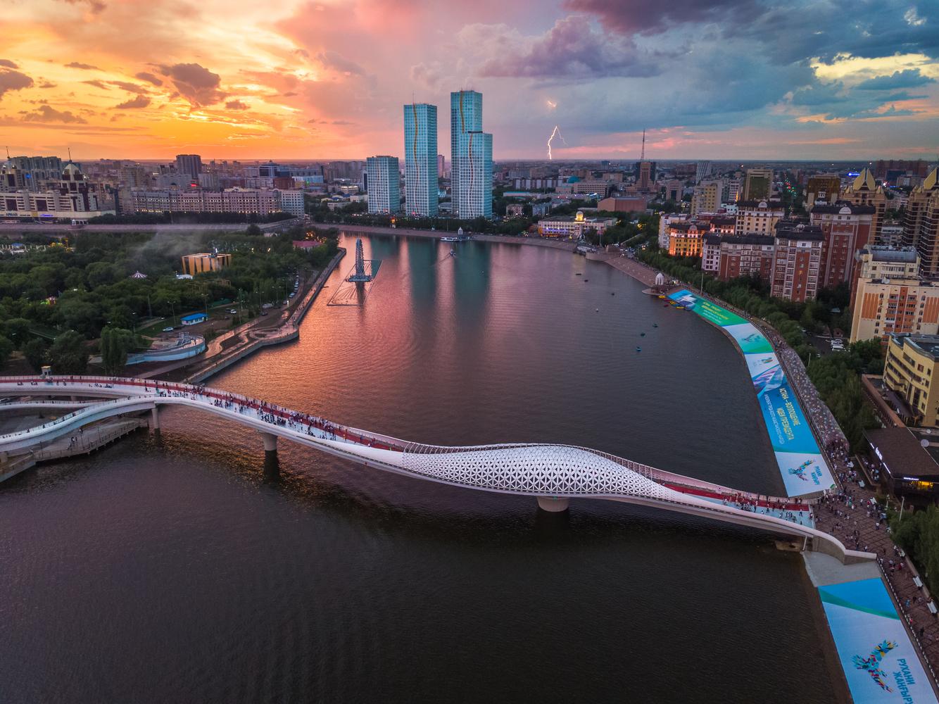 Atyrau Bridge / New Moon Architects