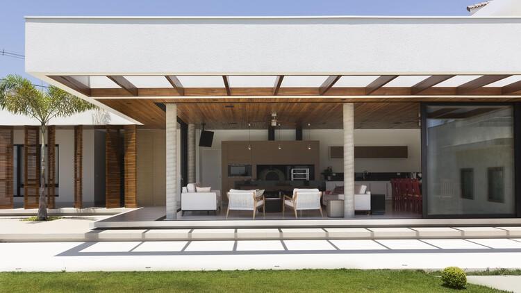 Анексо де Лазер / CAWY Arquitetura + Каролина Ферраз + Данило Кейла.  Фото: Предоставлено командой дизайнеров