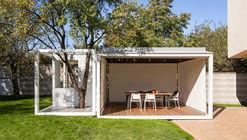 Backyard Tree Pavilion / AnyColor