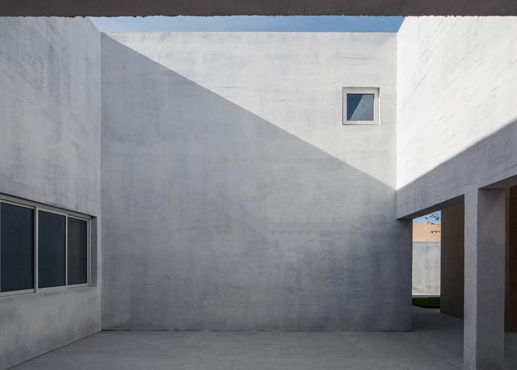 The courtyard. Image © Zhuoying Wu