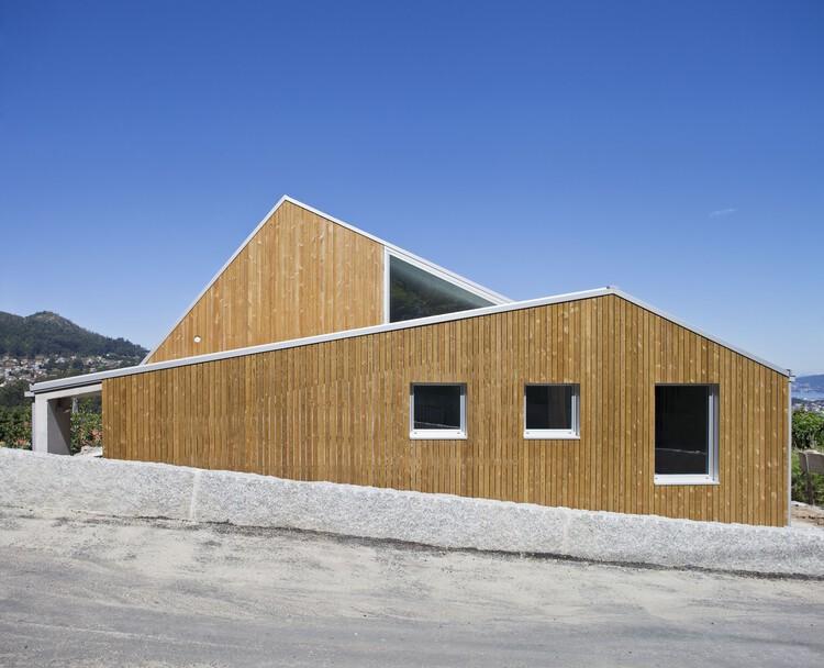 Vivenda unifamiliar en Mouteiras / LIQE arquitectura, © Roi Alonso
