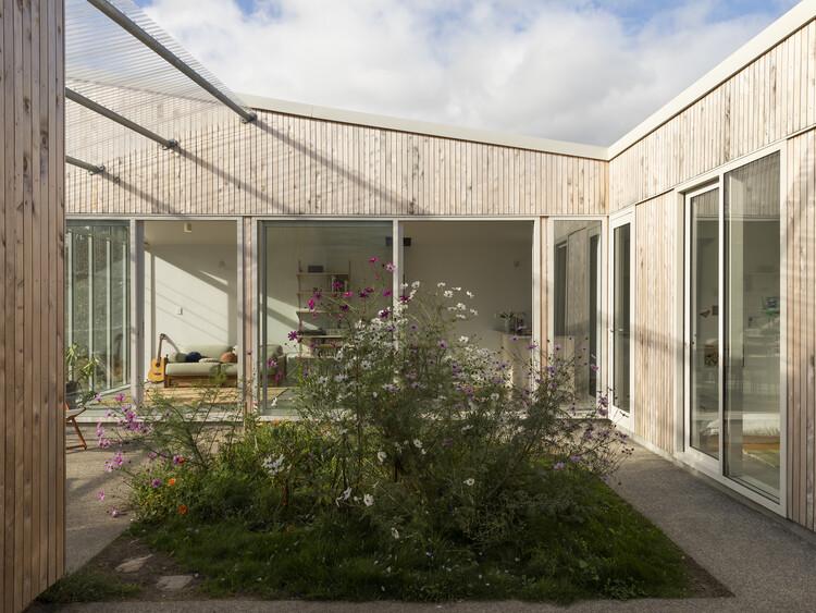 Casa com Pátio / Spacecraft Architects, © David Straight