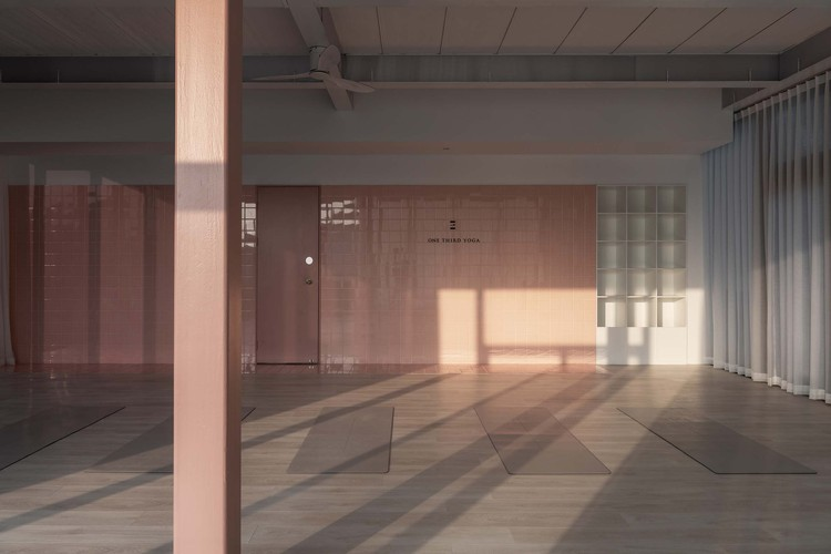 2F classroom. Image © Jing Guo