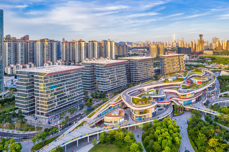 Urban Business Center and East Waterfront Retail Park. Image © Yanlong Tong