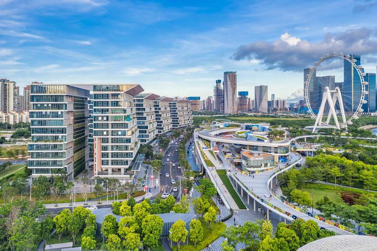 Urban Business Center, East Waterfront Retail Park, and Bay Glory Ferris wheel. Image © Yanlong Tong