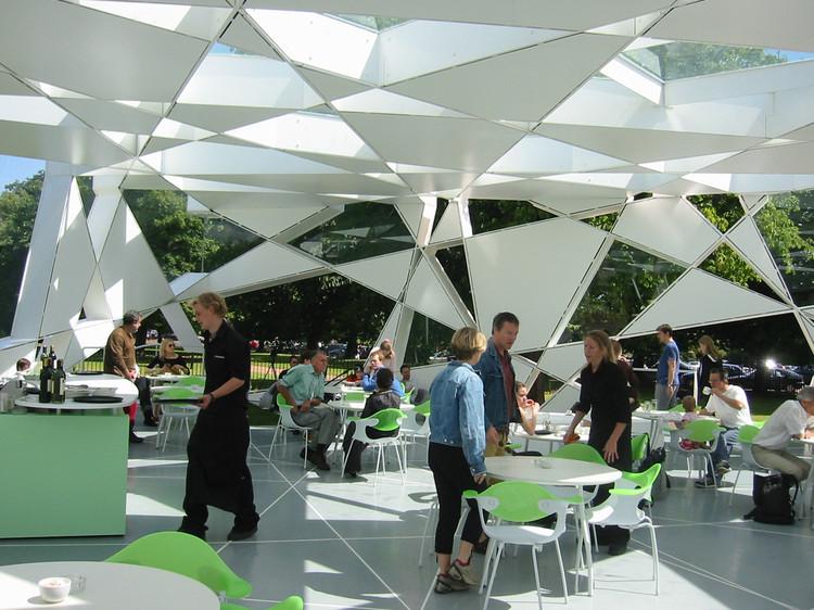 """""""É como seu eu habitasse os edifícios que estou projetando"""": entrevista com Toyo Ito, Serpentine Gallery Pavilion. Imagem Cortesia de Toyo Ito & Associates, Architects"""
