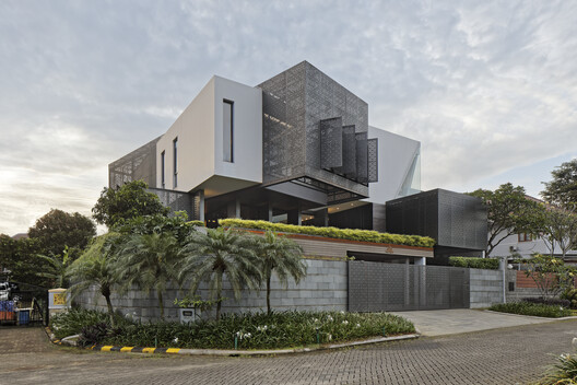 Casa GolFN / Gets Architects