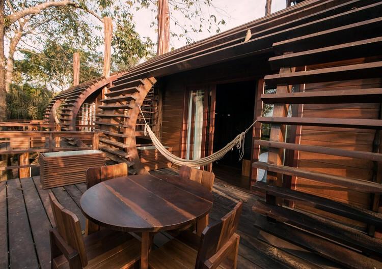 Mirante do Gavião Amazon Lodge / Atelier O'Reilly.  Фото: © Thais Antunes