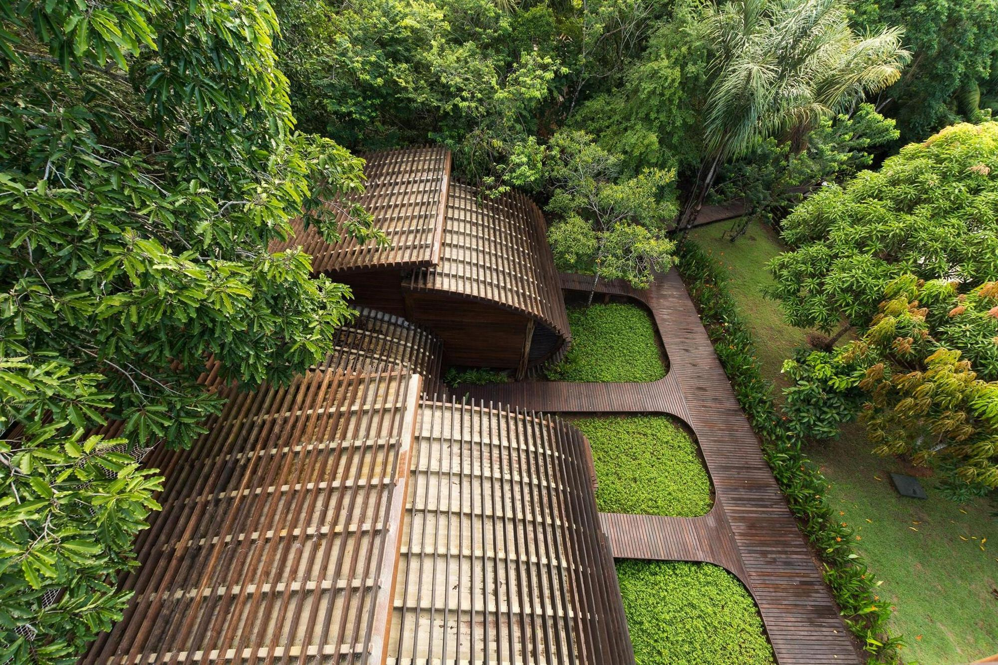 Traditional Techniques Applied to Contemporary Architecture in the Amazon