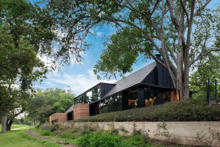Casa L&J / Alvaro Moragrega arquitecto, © Fernanda Leonel