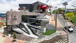 Equipamiento SuperCADE Manitas / aRE - Arquitectura en Estudio